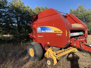 2013 NEW HOLLAND BR7090