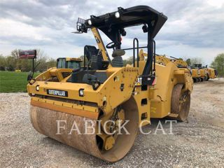 2015 CATERPILLAR CB64