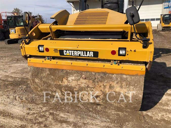 2013 CATERPILLAR CB64
