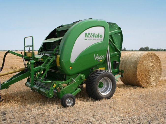 MCHALE VARIABLE CHAMBER ROUND BALERS V660