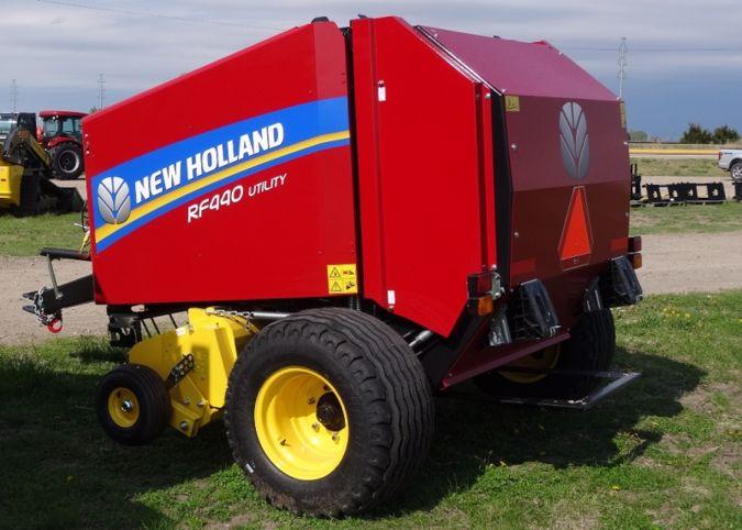 2020 NEW HOLLAND RF440
