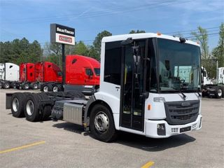 2020 FREIGHTLINER ECONIC SD