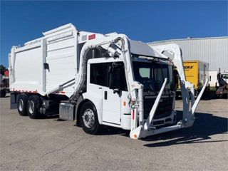2021 FREIGHTLINER ECONIC SD