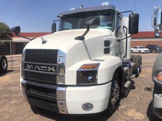2021 Mack AN64T