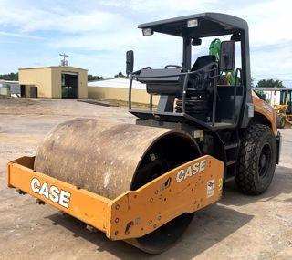 2018 Case Construction SV208D