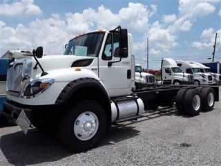 2013 Navistar International 7600